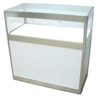 33. Showcase 1 shelf white with lockable sliding doors 1000mml x 1000mmh x 500mmd